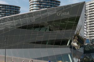 Building shaped like a smooth crystal