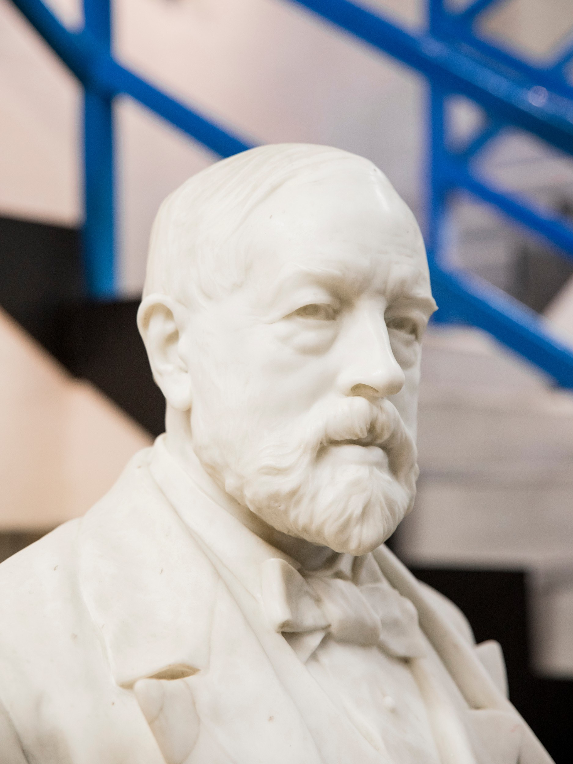 Bust of man with a beard, made of a white material